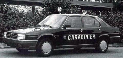 Alfa 90 Carabinieri - www.mitoalfaromeo.com -