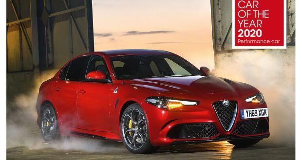 """Tripletta per l'Alfa Romeo Giulia Quadrifoglio nel premio Car of the Year 2020"""" della rivista What Car"""