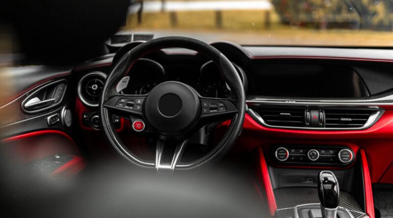 Come mantenere il profumo dell'auto nuova il più a lungo possibile